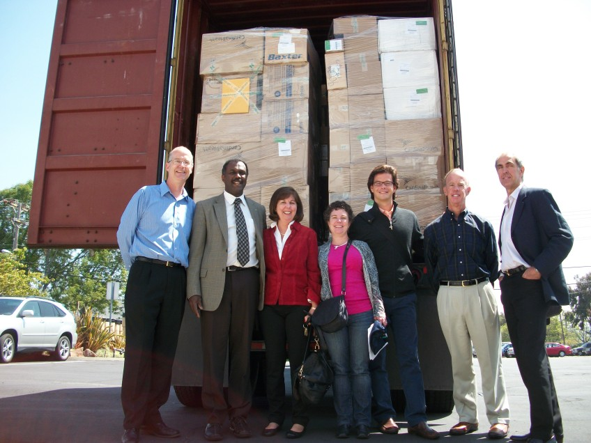 (L to r)Chuck Haupt, MedShare; Dr. Stephen Lockhart, Sutter Health; and Western Region Council members - Mary Bersot, Robin Flagg, Camilo Barcenas, Paul Hofmann, John Feilders