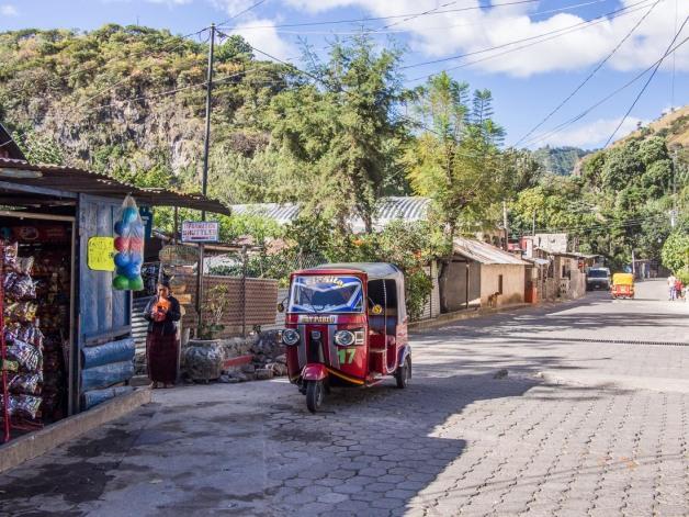 Guatemala tuktuk-san-marcos-lake-atitlan